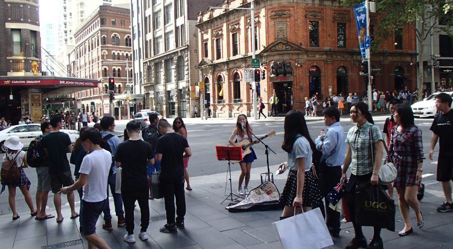 Chinese Street Performer Sydney