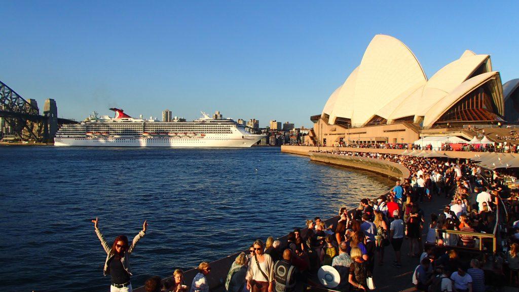 Sydney Harbor Opera House Crowd