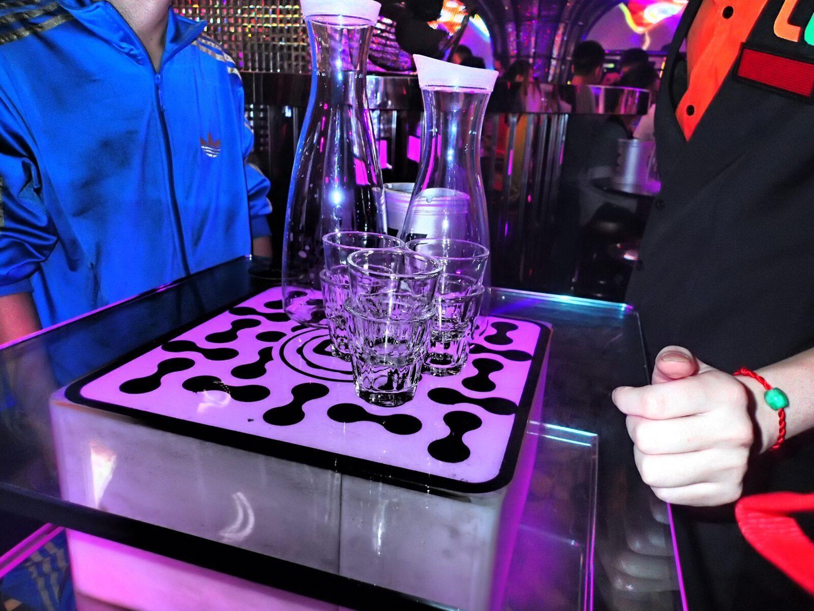 china chengdu nightclub drinks